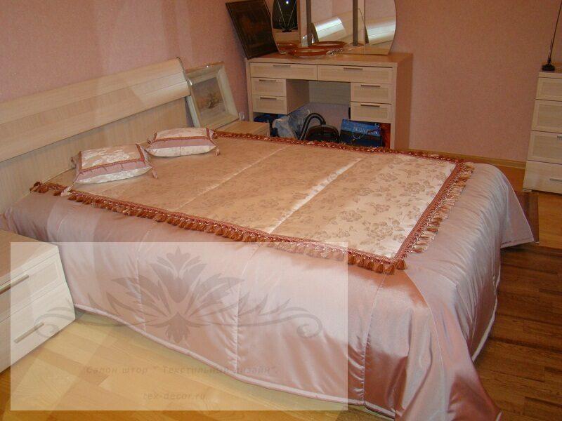 Из чего сшить покрывало на кровать своими руками красиво 916
